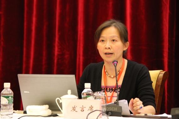 民盟上海市委秘书长姚卓匀作大会交流发言